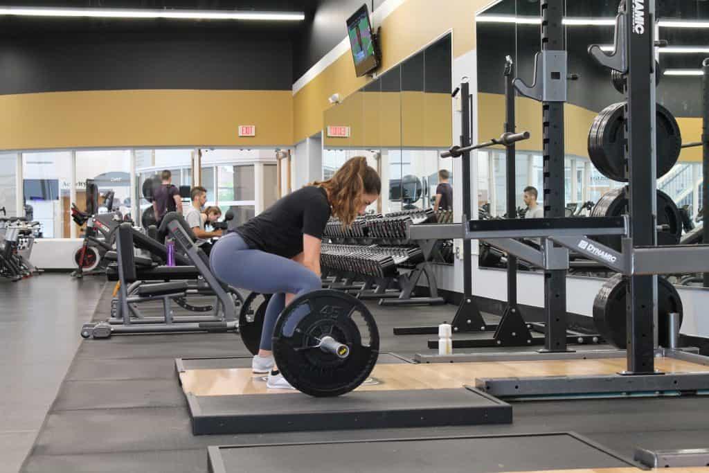 strength training for women deadlift